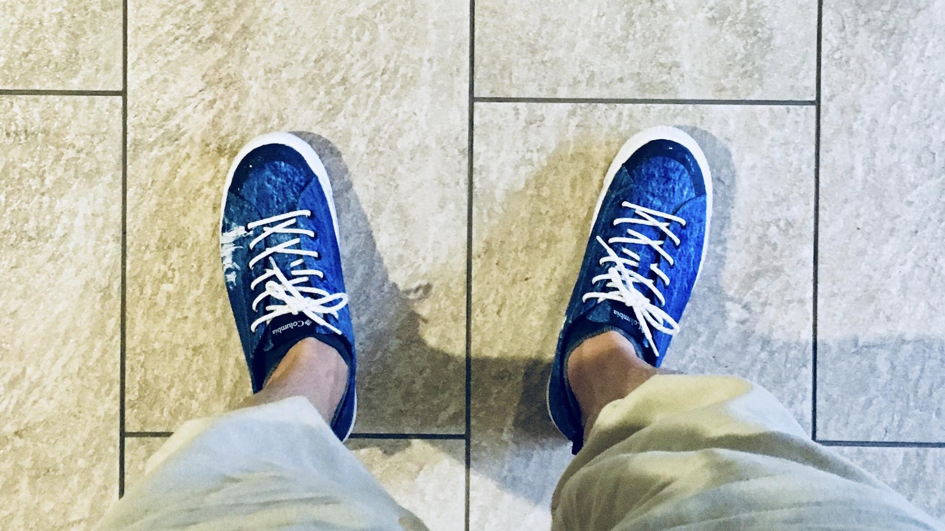私服通勤に最適!オシャレなメンズ雨用の靴